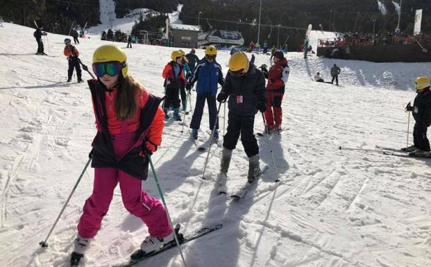 Niños en Masella, en el World Snow Day
