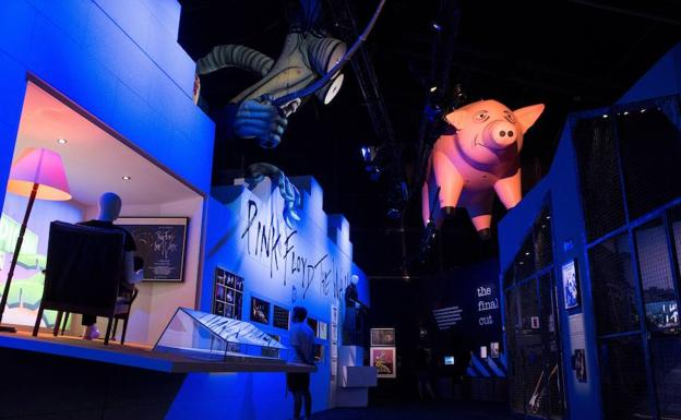 Montaje de l'The Pink Floyd Exhibition', en Madrid./EFE