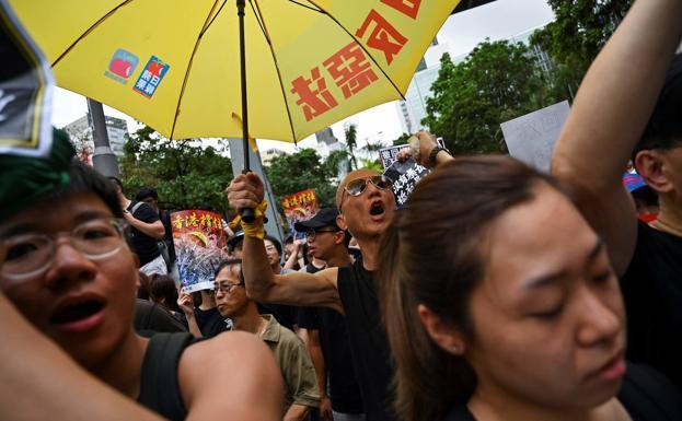Resultado de imagen para Estados Unidos aprueba tres proyectos de ley en apoyo a los manifestantes en Hong Kong