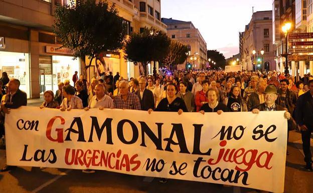 Manifestación en octubre para eviatar el cierre de las urgencias en Gamonal./PCR